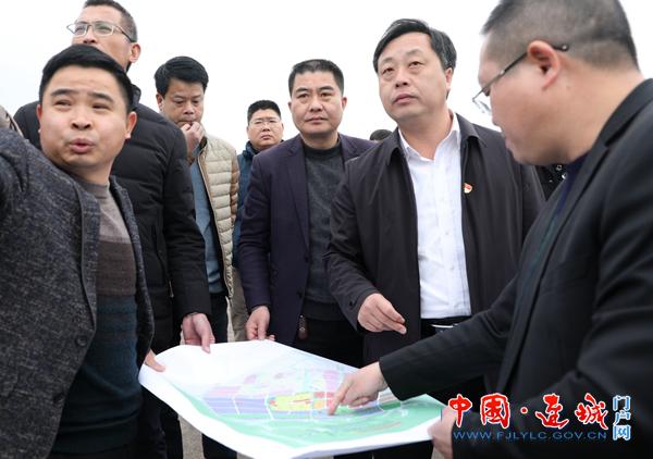 连城县委副书记、县长詹崇仁调研征迁工作